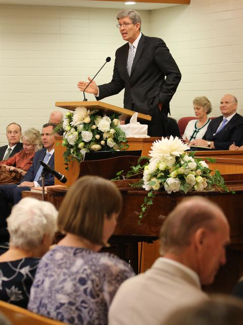 Elder S. Gifford Nielsen at the Dianella Stake Conference