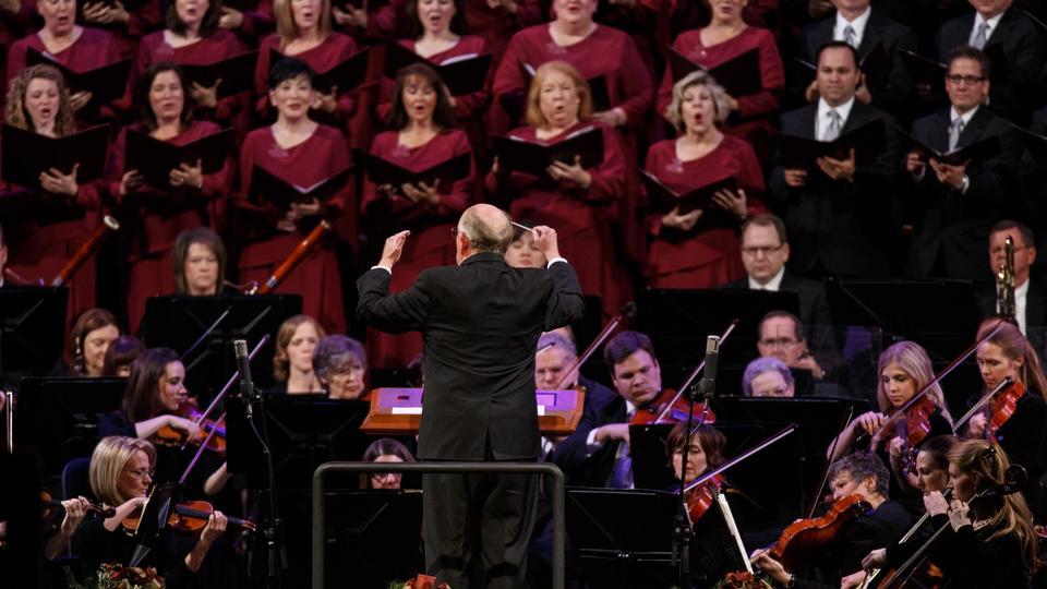 Australian Journalist Writes About Mormon Tabernacle Choir